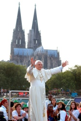 FILE PHOTO OF POPE BENEDICT GREETING WORLD YOUTH DAY PILGRIMS IN COLOGNE